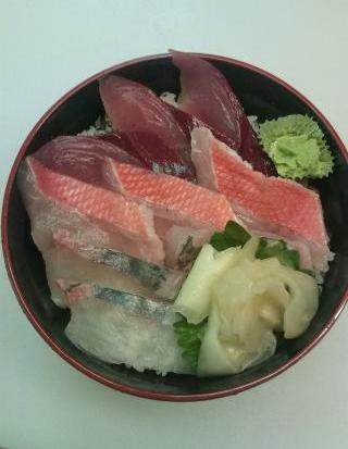 9月21日「あじろ時魚丼」です。