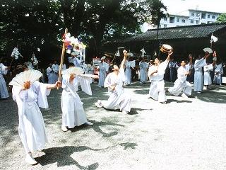 静岡県民俗無形文化財「来宮神社 鹿島踊」