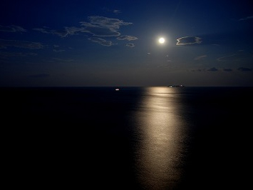 ontama-moonlightyoga.jpg